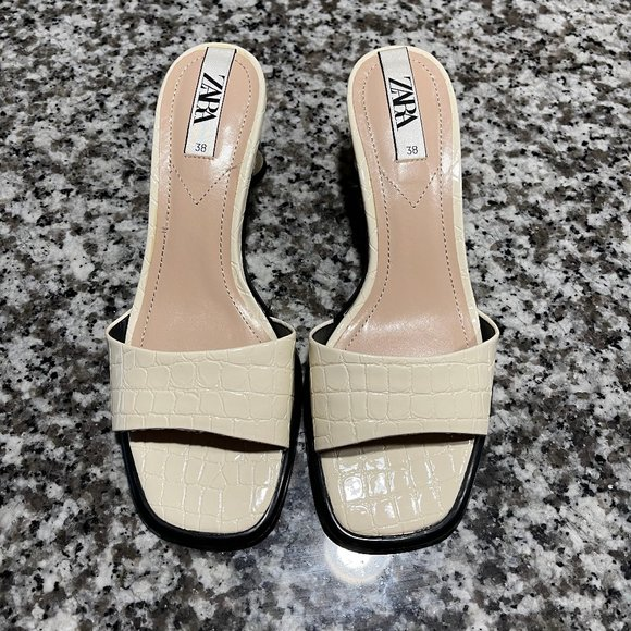 Zara Cream Patten Leather Slide Heels Sz. 38